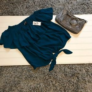 Express NWT XS Petite crop top blue